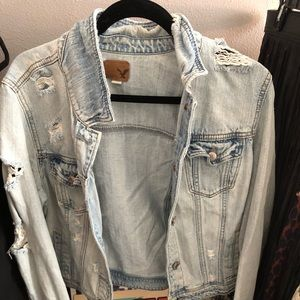 American eagle distressed jean jacket